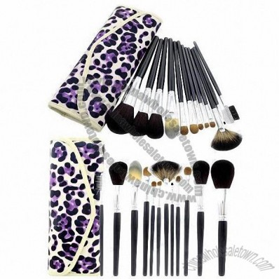 12 Pieces Makeup Brush Set, Professional Good Quality with Pattern Bag