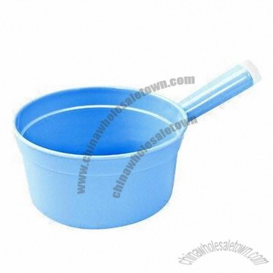 2.1L Plastic Water Ladle with Handle