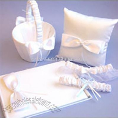 4-Piece Wedding Accessories Set
