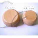 5.8cm and 4.8cm wooden yoyo