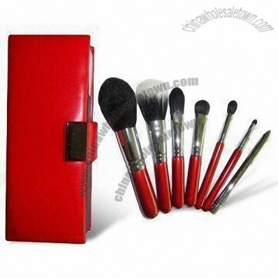 7 Pieces Pretty Professional Makeup Brushes with Elegant Case