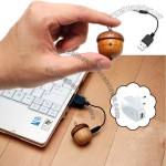 Acorn-Shaped Mini Wood Speaker For Your MP3 Player