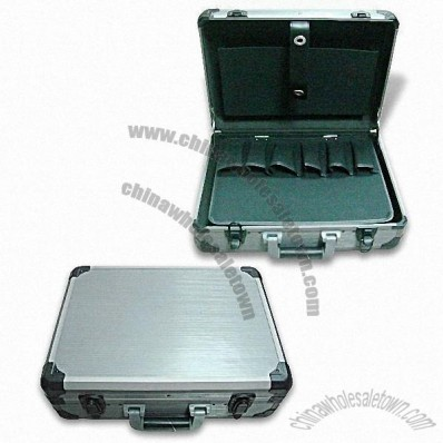 Aluminium Tool Case with Charcoal Gray Stripe Surface for Loading Capacity About 25 to 30kg