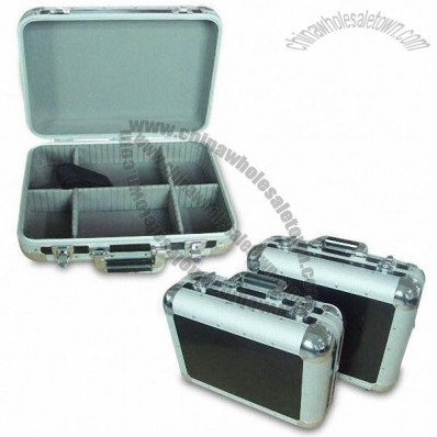 Aluminum Tool Case with Black Smooth Aluminum Sheet Surface