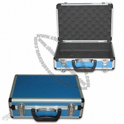 Aluminum Toolbox with Blue Aluminum Sheet Surface