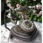 Antique Telephone Heart Design