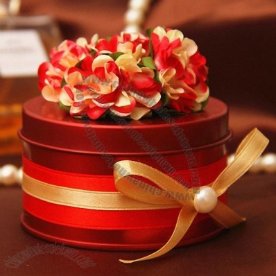 Candy Tin with Flower Decoration