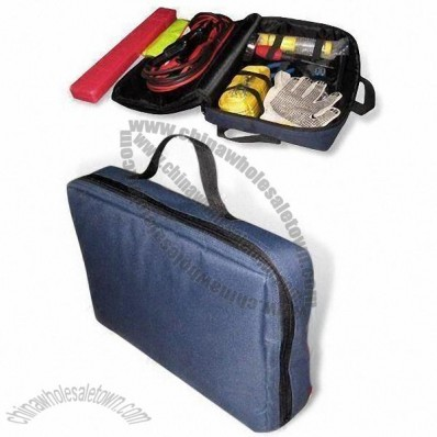 Car Emergency Kit with 2 x AA Batteries, Worker Gloves and Reflective Vest