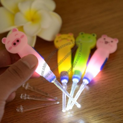 Cartoon LED Light Up Ear Pick