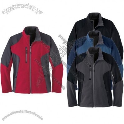 Color-Block Soft Shell Jacket - Women's
