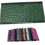 Crocodile faux leather accordion style wallet