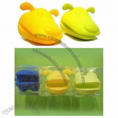 Dog-shaped Silicone Oven Mitts with Transparent PVC Box Packing in Bakeware