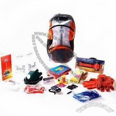 Earthquake Car Emergency Kit with Mask, Wind-proof Matches, First Aid Kit and Shovel