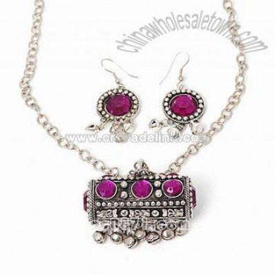 Fashion Necklace and Earrings Set