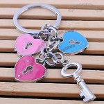 Fashion Zinc Alloy Heart Shaped Keychain