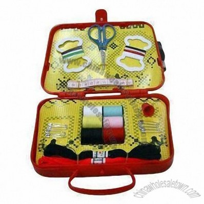 Fashionable Design Sewing Kit, Steel File, Pins, Needles, Threads, Buttons and Rule