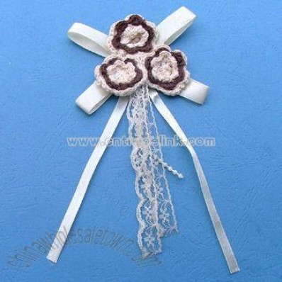 Flower-shaped Brooch with Crochet and Lace