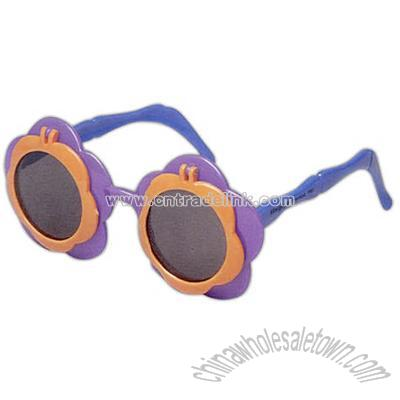 adcf759637a Flower shaped sunglasses