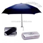 Folding umbrella with contemporary design case