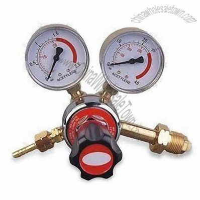 Gas Regulator with 25 Input and 0.1 to 1.5 Bars Output Pressure