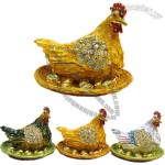 Hen Shaped Jewelry Box with Eggs for Easter
