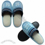 Household Hot Selling Cute Winter Knitted Indoor Slippers
