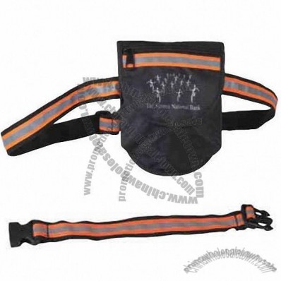 Jogger's waist pouch with reflective strip on strap to warn in the dark
