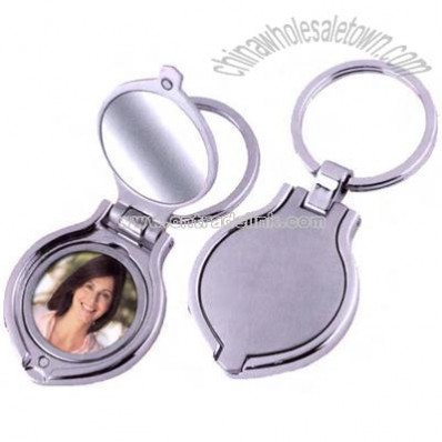 Key chain with round photo frame and mirror