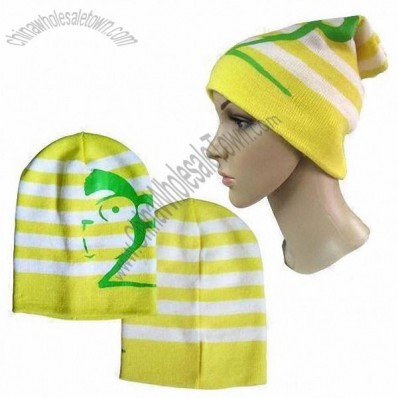 Knitted Beanie with Logo by Rubber Printing and Jacquard Design
