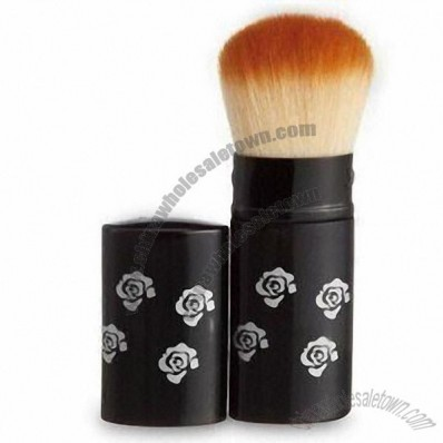 Makeup Brush with Aluminum Ferrule and Wooden Handle