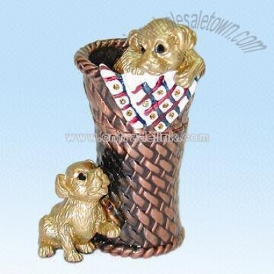 Metal Decoration in Dogs Design