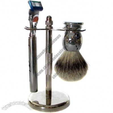 Metal Shaving Set with Silvertip Badger Brush and 5 Blade Razor