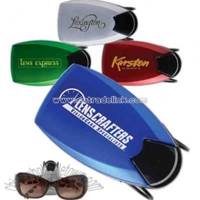 Metallic color sunglass visor clip