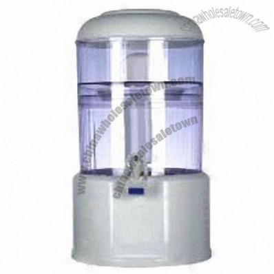 Mineral Bottle And Pot As Gravity Water Purifier