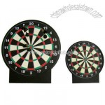 Mini magnetic dart board game