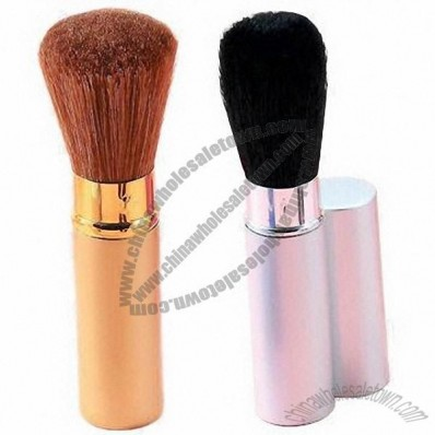 New Arrival Powder Makeup Brush with Wooden Handle