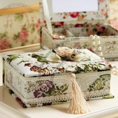 Pastoral Style Fabric Jewelry Box
