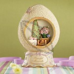 Peaceful Moments Egg Figurine