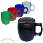 Plastic coffee mug with handle