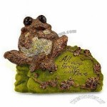 Polyresin Frog on Mose Stone with LED Light
