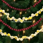 Popcorn and Wood Bead Garland