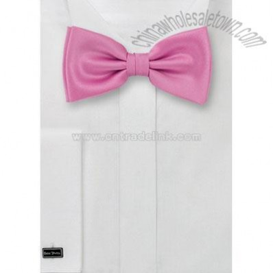Rose-pink bow tie
