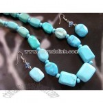Rounded Turquoise Necklace & Earrings