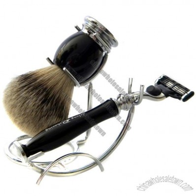 Shaving Sets with Silvertip badger Brush and 3 Blades Razor