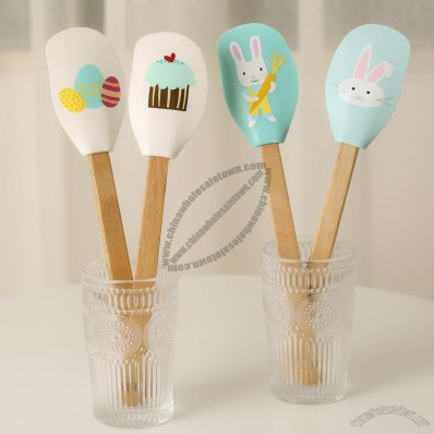 Silicone Spatula with Wooden Handle for Jelly Jam Mixing