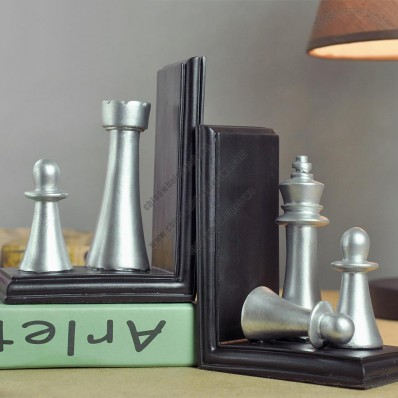 Silver International Chess Bookend