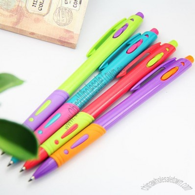 Simple Plastic Ballpoint Pens