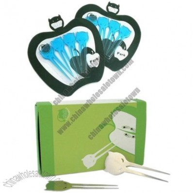 Small Devil Long Teeth Plastic Knife and Fruit Fork Set