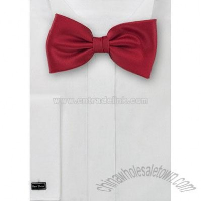 Solid color bow tie in Cherry red