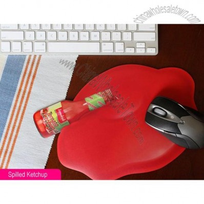 Spilled Ketchup Pattern Mouse Pad